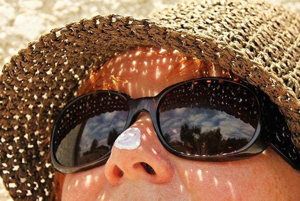 治らない大人ニキビ、5つの原因と対策法