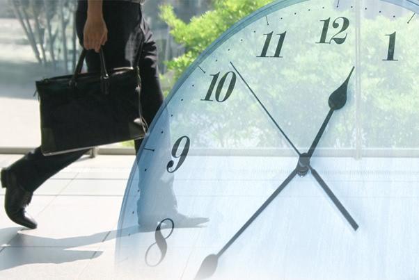 仕事が忙しいと不規則便秘に? 改善のための4つの方法