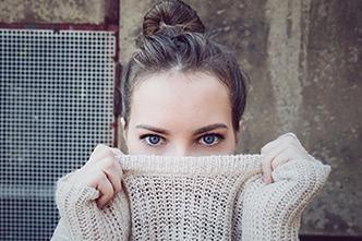 冬の肌トラブル、乾燥ニキビの原因とおすすめの予防対策をご紹介!