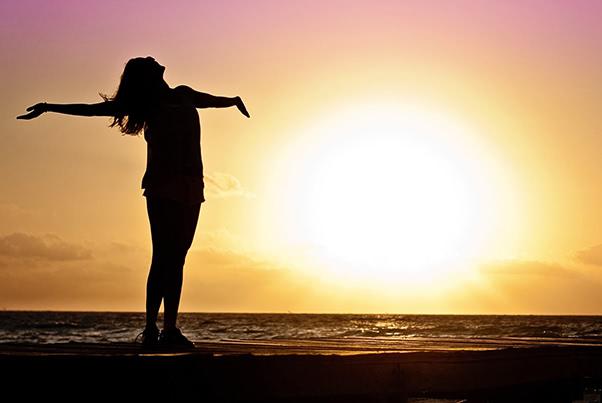 腰痛とストレスの深い関係。打ち勝つための4つのポイント。