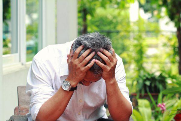 男性更年期にみられる症状の特徴は?症状改善のためにできることは?