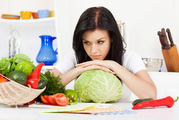 女性の顎まわりニキビは、ビタミン摂取で撃退! おすすめの野菜はコレ
