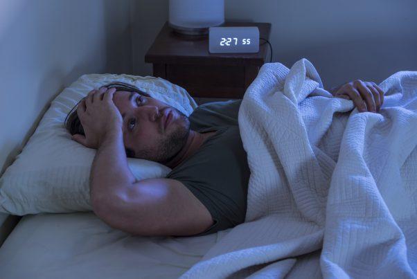 男のイライラ、憂うつ、不眠…原因は男性更年期かも?